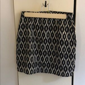 Patterned skirt with fun zipper